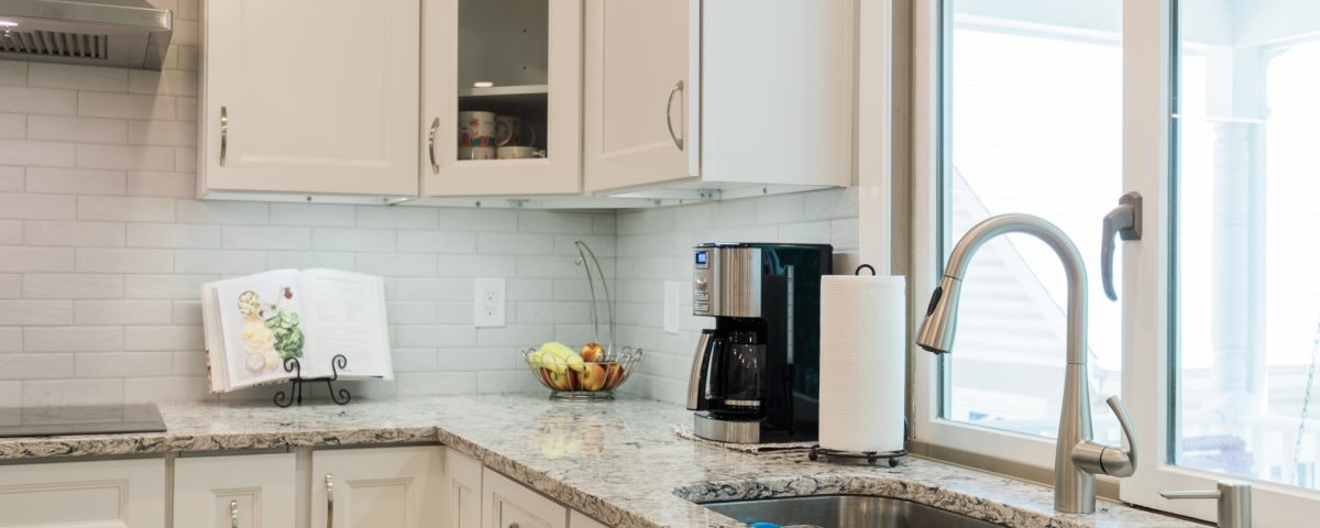Layout of Kitchen Cabinets